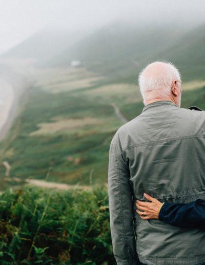 couple-daylight-elderly-1589865-min